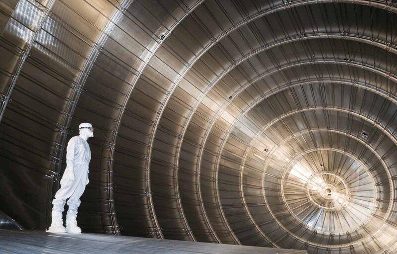 Ερευνητές θέτουν νέο ανώτερο όριο στη μάζα του νετρίνο