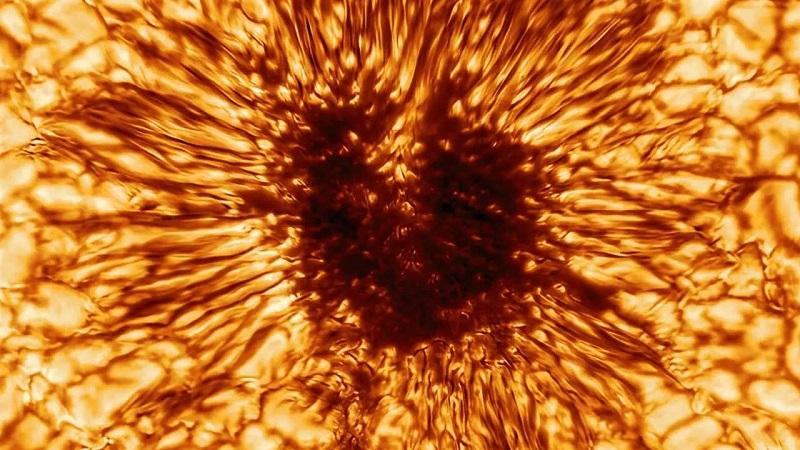 To «πορτρέτο» μιας ηλιακής κηλίδας μεγαλύτερης από τη Γη από το νέο τηλεσκόπιο Inouye